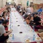 Müslümanlar iftar için Mescid-i Aksa'ya akın ediyor