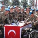 Engelliler ant içme ve asker olmanın mutluluğunu zirvede yaşadı