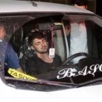 Uyuyakalan sürücü şarampolden kurtadıldı!