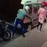 Fırından pide alan kadına silahlı saldırı kamerada