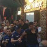 Sokakta kadını döven Suriyeliye saldırdılar!