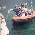 Akrep sokan kadının imdadına Sahil Güvenlik yetişti