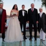 Erdoğan Mesut Özil'in nikah şahitliğini yaptı
