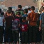 İdlib'de bombardıman altında bayram