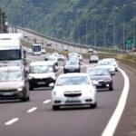Tatilciler dönüş yolunda: Trafikte yer yer yoğunluk yaşanıyor