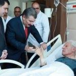 Sağlık Bakanı Koca'dan Nuri Pakdil'e ziyaret