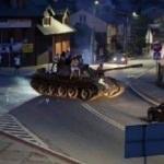 Alkol alıp tank ile sokaklara çıktılar!