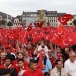 Hollanda'da Türkler'e karşı yasa hazırlığı