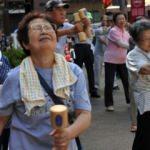 Uzun yaşam Japonya'nın başına bela oldu
