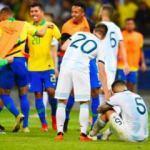 Messi bir kez daha yıkıldı! Brezilya finalde