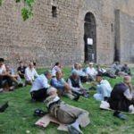 Diyarbakır'da termometre 44 dereceyi gösterdi