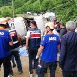Giresun'da yolcu minibüsü dereye devrildi: 7 ölü 4 yaralı