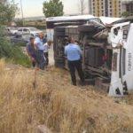 İşçi servisi TIR'a çarptı: 18 yaralı