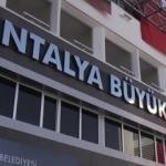 Antalya Büyükşehir Belediyesi çalışanları greve gidiyor!