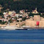Rus savaş ve askeri kurtarma gemileri Boğaz'dan böyle geçti...