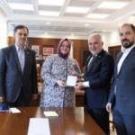 Bakan Selçuk, Türk Kızılay'a Kurban bağışı yapıp çağrıda bulundu