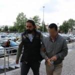 Eski üsteğmenler ve polis müdürü sınırda yakalandı