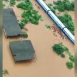 Hindistan'da sel felaketi! 700 kişi mahsur kaldı
