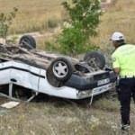 Lastiği patlayan otomobil şarampole devrildi: 6 yaralı