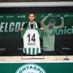 Konyaspor, Anicic ile 2+1 yıllık sözleşme imzaladı