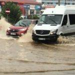 Trabzon'da şiddetli yağış etkili oldu!