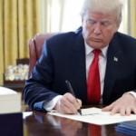 Trump'tan dünya devine darbe! Askıya aldı