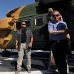 Akar'dan müthiş gözdağı! Akdeniz'deki savaş gemisine helikopterle indi