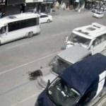 Duran araba adama böyle çarptı!