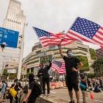 CNN'den Hong Kong'daki göstericilere adeta sokağa çıkma rehberi!