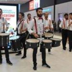 İstanbul'da Liverpool'a bandolu karşılama