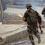Keşmir'de bir Pakistan askeri öldü