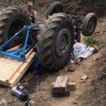 Samsun'da traktör devrildi: 1 çocuk öldü