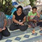 8 aydır parkta yaşayan ailenin yürek burkan dramı