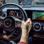 Mercedes'ten korkutan itiraf: Gizli takip sistemi kullanıyor!