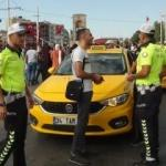 Taksim'de taksi sürücülerine uygulama