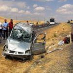 Tatil yolunda feci kaza: 2'si ağır 5 yaralı