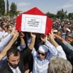Türkiye şehitlerini uğurladı! Binlerce vatandaş akın etti