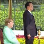 Merkel giderek kötüleşiyor! Ayağa bile kalkamadı