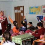 İzmir'de bazı özel okulların başörtülü öğretmen çalıştırmadığı iddiası