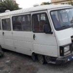 Çalınan minibüs, lastiği patlak halde terk edilmiş bulundu