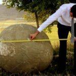 Moğollardan kalma 2 ton ağırlığında mancınık güllesi bulundu