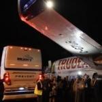 Kanada Başbakanı'nın uçağına otobüs çarptı