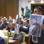 Mansur Yavaş'ı protesto edip meclisi terk ettiler!