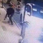Çaldıkları otomobille hırsızlık yaptılar