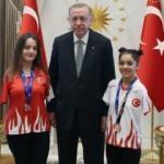 Cumhurbaşkanı Erdoğan, Sümeyye Boyacı ve Sevilay Öztürk'ü kabul etti