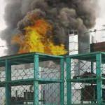 Aksaray'da fabrikada yangın: 2 işçi dumandan etkilendi