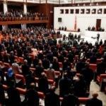 Erdoğan'ın TBMM'ye girdiği anlarda CHP ve İYİ Parti ikiye bölündü