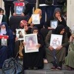 Diyarbakır'daki eyleme bir aile daha katıldı: HDP'den kızımı istiyorum