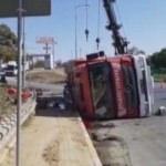 Silivri'de itfaiye aracı devrildi