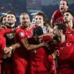 Cumhurbaşkanı Erdoğan Milli Takım'ı tebrik etti